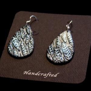 Leafy Lines Teardrop Earrings